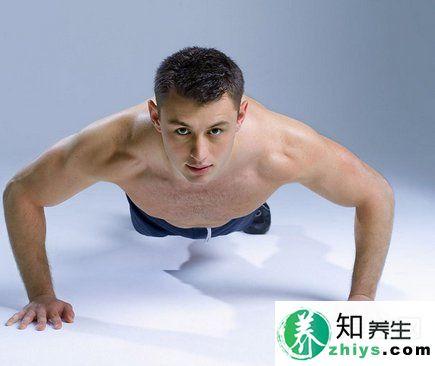 几下俯卧撑看出男人性能力,想要长久爱爱锻炼是关键